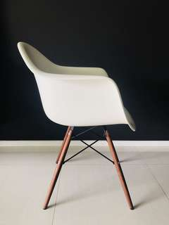 EAMES INSPIRED WHITE ARM CHAIR WITH WALNUT LEGS