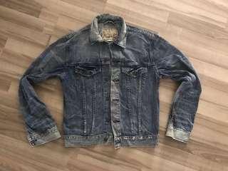 🚚 Vintage American Denim Jacket