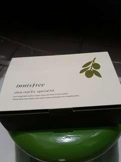 Innisfree - Olive real Ex. Special kit