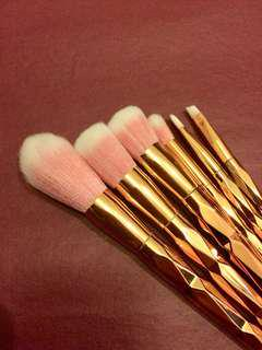 BRAND NEW Rose Gold Makeup Brushes