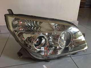 Daihatsu Terios Original Headlight (right side)