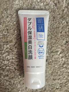 Hada labo hydra & whitening face wash