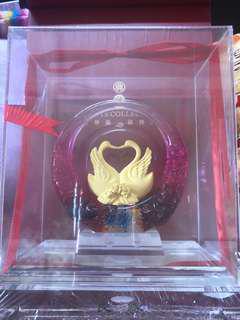 良缘 琉璃 金 swan liuli gold display (fengshui, blissful)