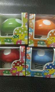 🚚 1個)桌上型蘑菇吸塵器