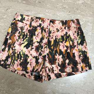 Bysi floral shorts