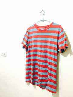 🚚 紅藍條上衣 Tshirt 原價390