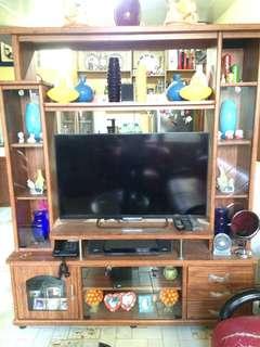 RUSH sale!! Nice & chic TV rack / Divider