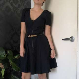 Cue fit and flare zip dress - size 8