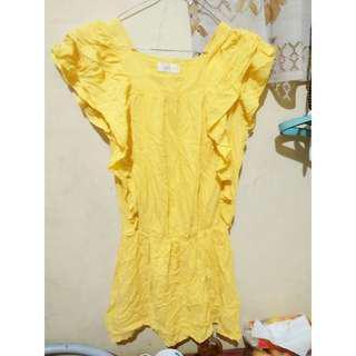 Dress polos yellow