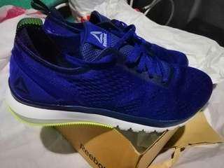 Reebok shoes size 10.5 Bnew like nike sb janoski huarache roshe jordan kd lebron dame kobe stan smith saucony running shoes new balance drose adidas asics puma