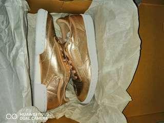 Bnew Reebok Classic 85 womens limited edition shoes size 6.5 like skechers birkenstock lebron kobe kd jordan keds sperry nike sb janoski huarache roshe hypebeast birkenstock