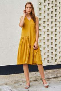 🚚 (pending) tcl the closet lover middleton midi dress in mustard yellow