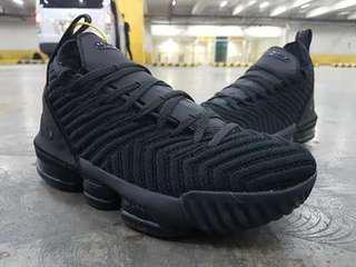 Nike Lebron '16