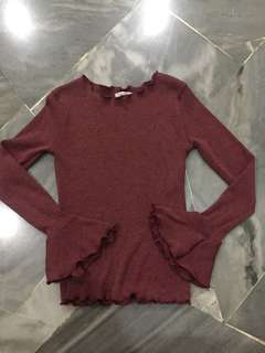 Maroon knitted long sleeve top