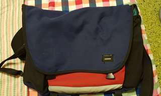 Crumpler Bag Dreadful Embarrassment
