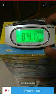 🚚 冷光電子時鐘溫度及鬧鐘