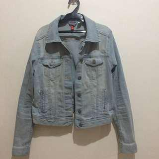 H&M Light Wash Denim Jacket