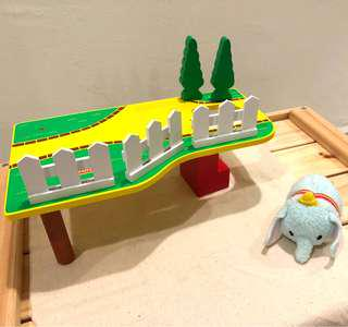 Cute Wood platform with stairs (hamster)