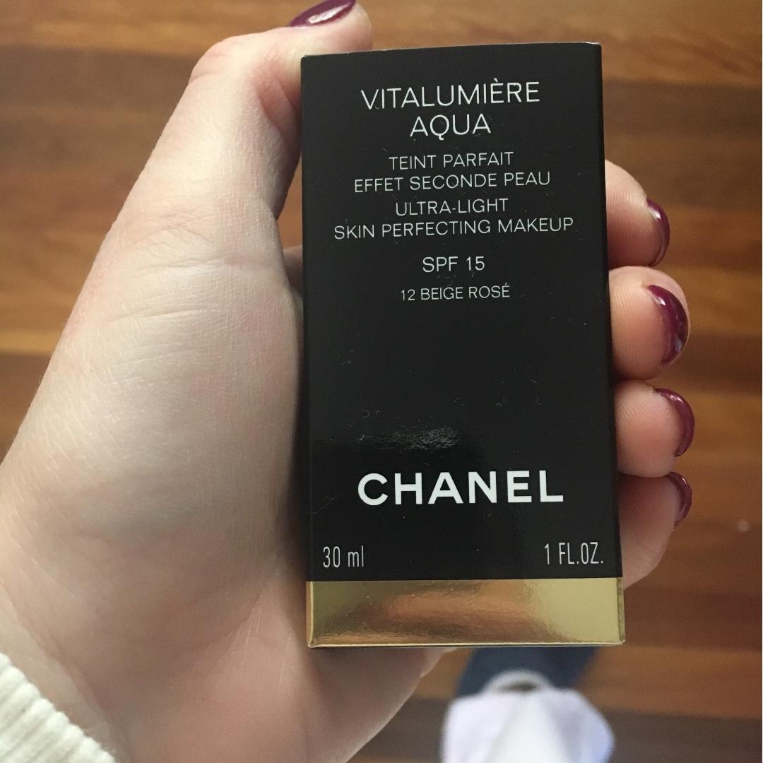 Brand New Chanel Vitalumiere Aqua Health Beauty Makeup On Carousell Vitalumire Ultra Light Skin Perfecting Spf 15 Photo