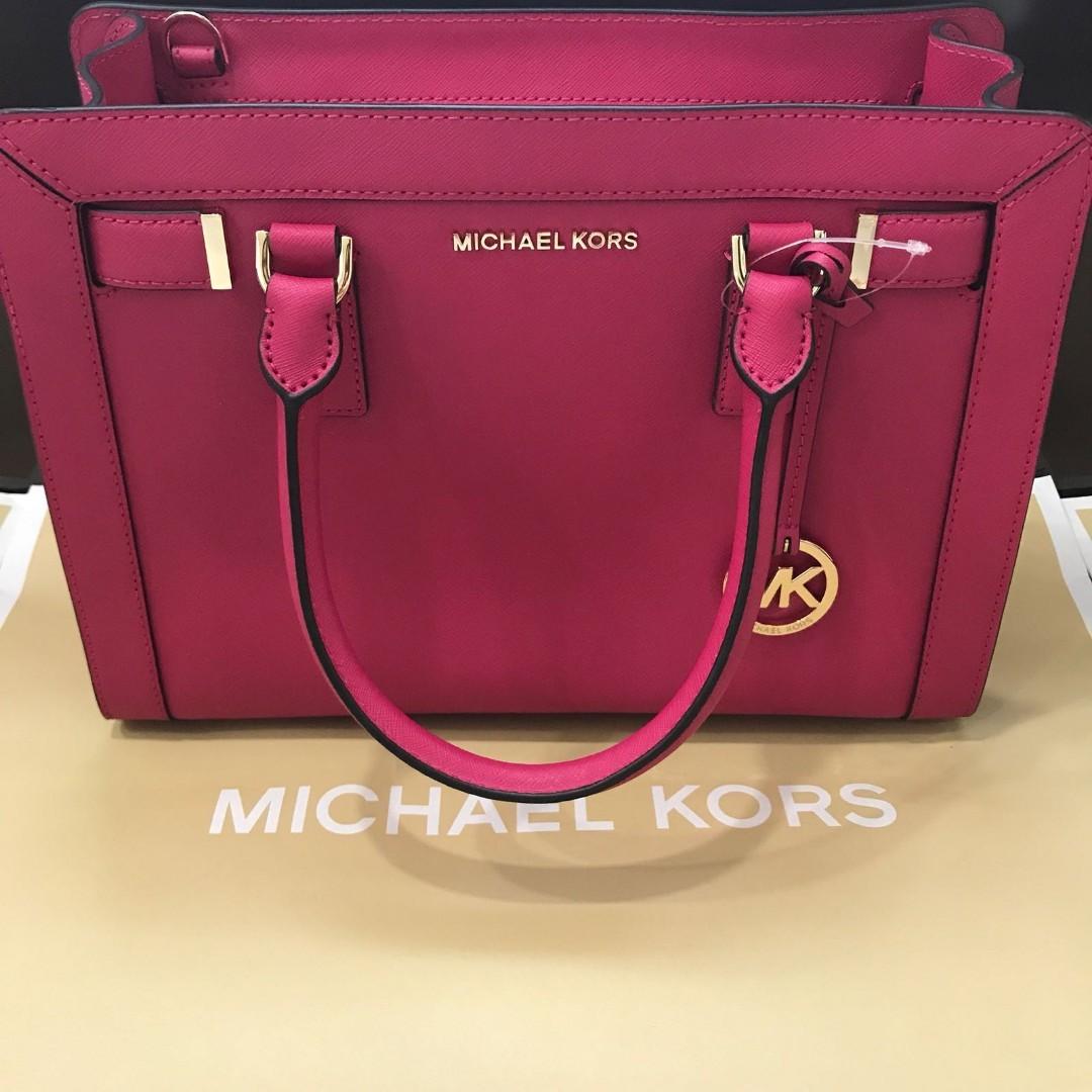 5b4a627b59a13c Brand New Michael Kors Handbag, Women's Fashion, Bags & Wallets ...