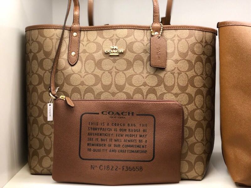 2b9610af55 Coach reversible tote bag