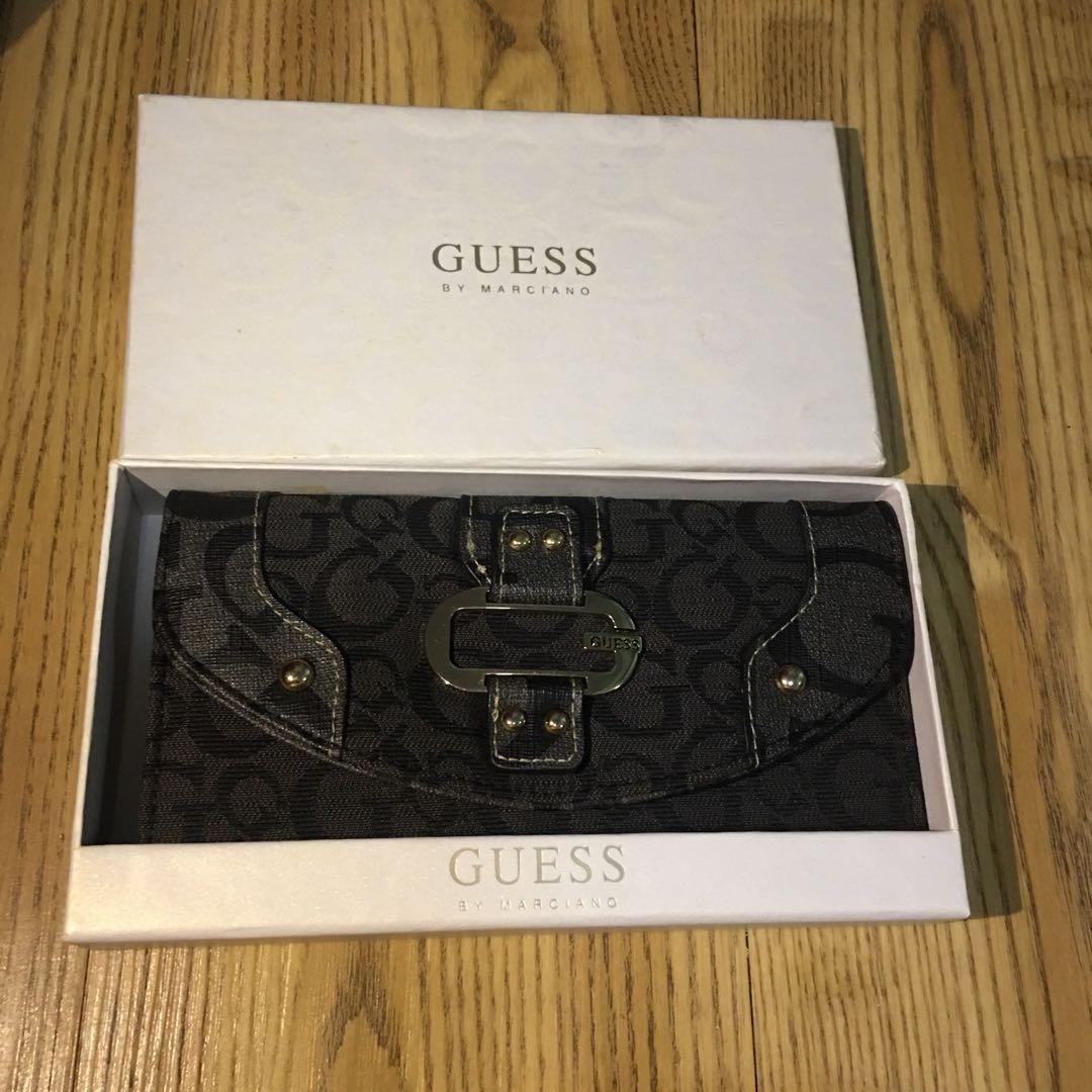 2895f380ba70 Guess long wallet