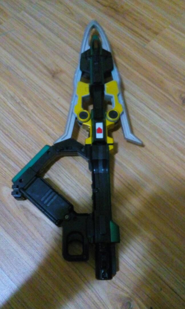 Kamen rider zeronos sword and crossbow weapon not nerf, Toys