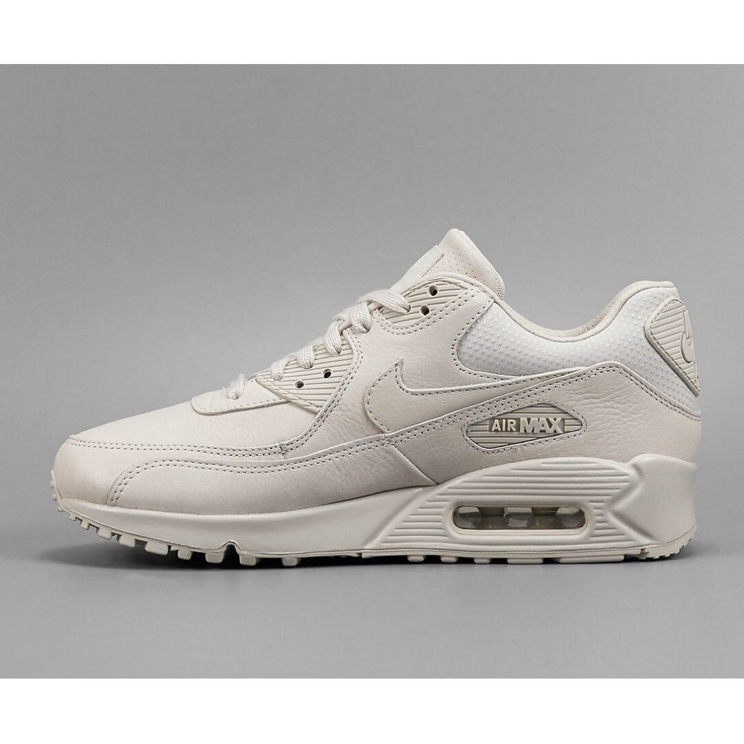 check out 82250 ab6ff Nike Air Max 90 Pinnacle Light Bone, Women s Fashion, Shoes on Carousell