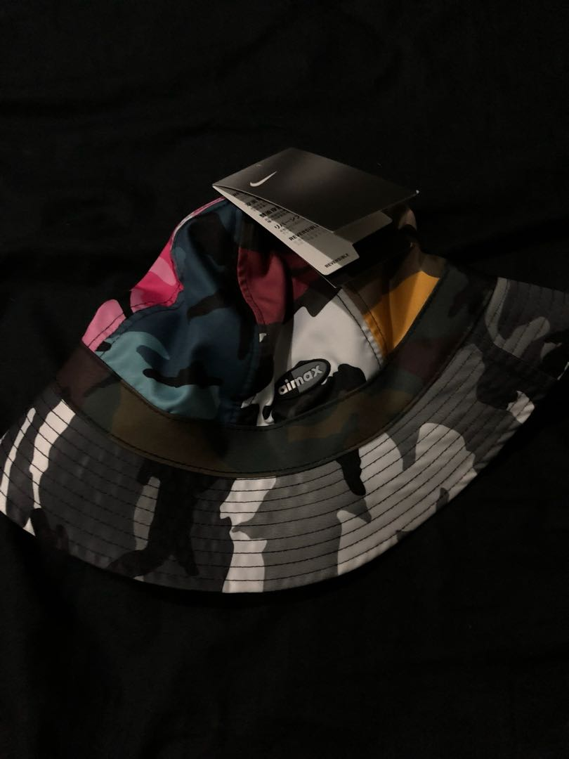 8215a928 Nikelab camo bucket hat reversible (one size), Men's Fashion ...