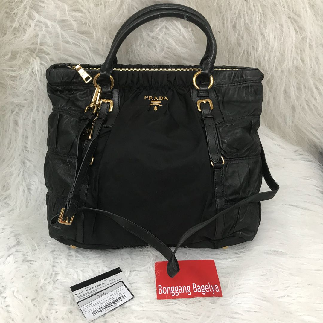 4b30c7bcdf9a ... coupon code for prada top handle bag preloved womens fashion bags  wallets on carousell e393c 0cb56