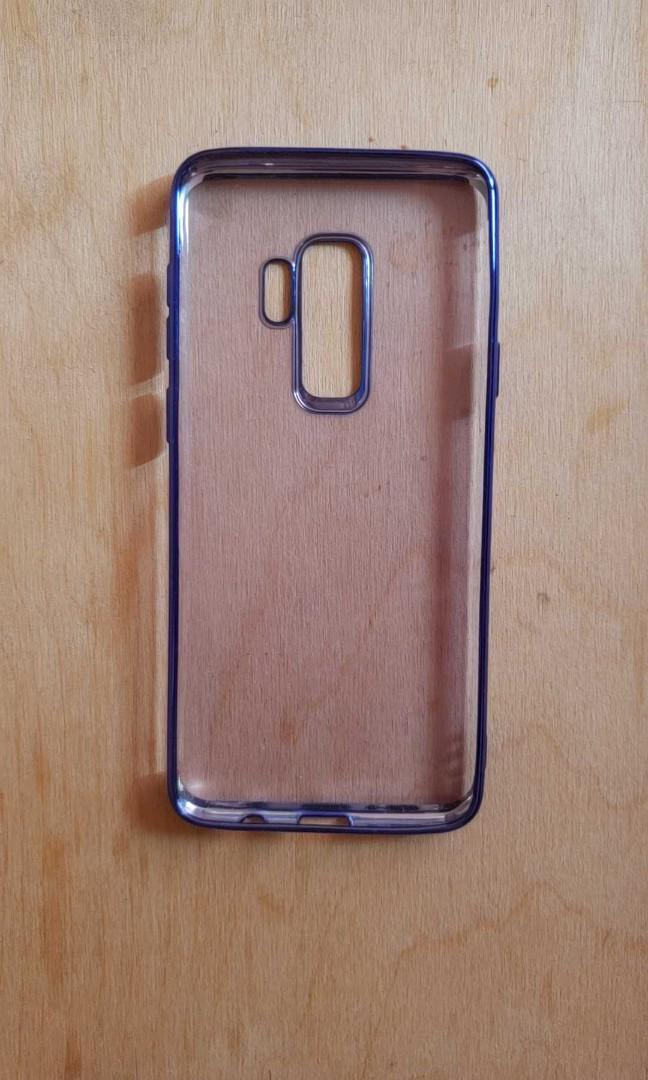Samsung S9+ blue silicone case