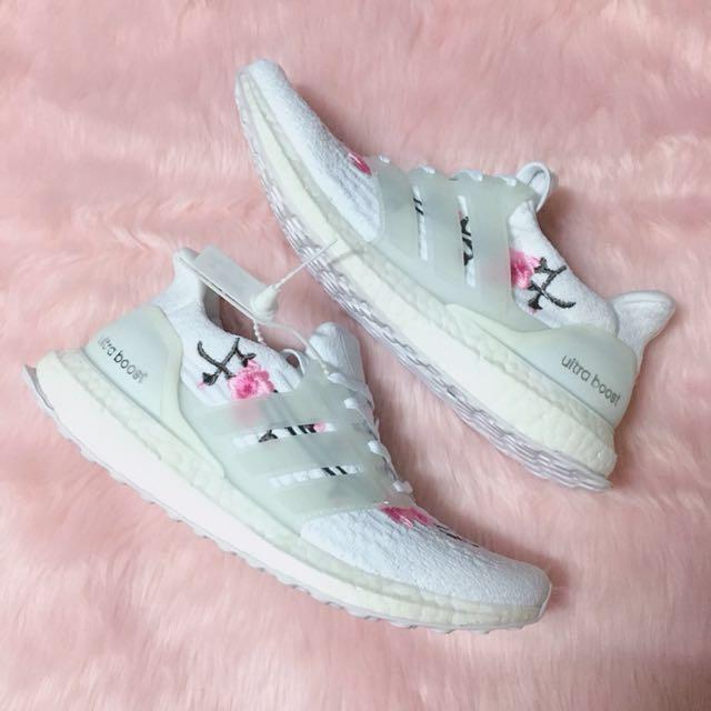 24480ecea8e8 Size 39 Adidas Ultraboost Sakura
