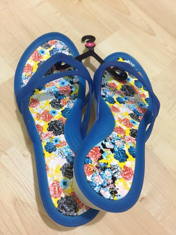 bf9297ac4426 Home · Women s Fashion · Shoes · Flats   Sandals. photo photo photo photo  photo