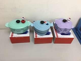 (台灣限定) 711 LE CREUSET FOR HELLO KITTY造形餐具 (竹纖維)容量430-710 因款式而定 有盒有包裝 西鐵線交收