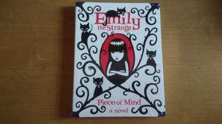 Novel Emily the Strange - Piece of Mind