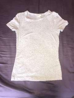 Plain basic H&M t-shirt