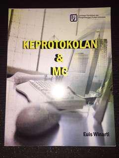 """Buku """"Keprotokolan & MC"""""""
