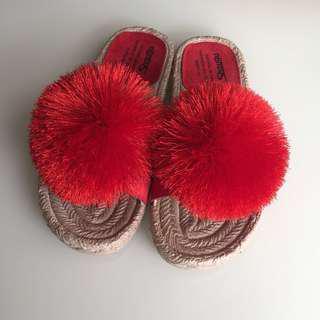 🚚 蓬蓬毛球涼拖鞋37號