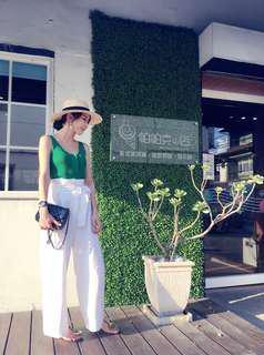 綠色針織背心