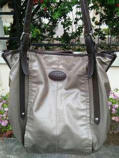 Fire Sale! $50(Non-Neg)Authentic Tods Bag