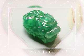 翡翠A貨陽綠立體貔貅掛墜