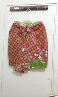Floral skirt batik