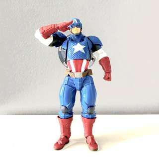 revoltech yamauguchi captain america