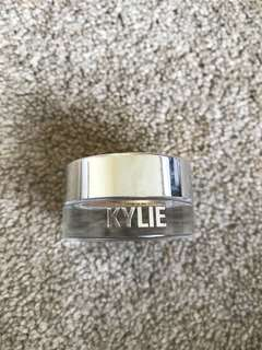 Kylie shadow