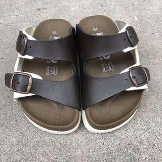 🚚 二手 雙色勃肯拖鞋 15