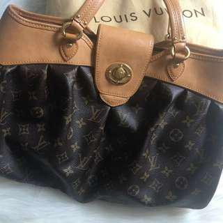 **REDUCED**Louis Vuitton Monogram Canvas Boetie MM