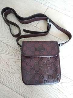 Gucci 斜孭皮袋