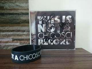 Signed Chicosci album