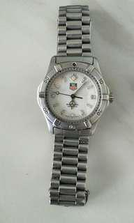 Automatic Tag Heuer 2000 mid-size watch (Mint condition & 100% Authentic)