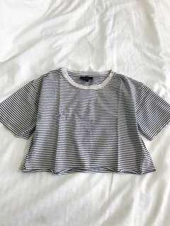 🚚 Topshop BW Striped Crop Top
